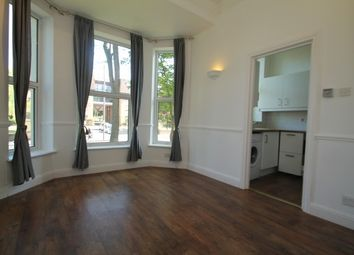1 bed flat to let in Widmore Road