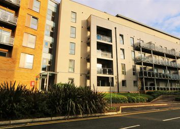 Thumbnail 3 bedroom flat to rent in St. Georges Grove, London