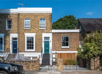 Ufton Road, De Beauvoir, London N1. 3 bed maisonette