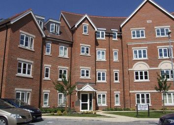 Thumbnail 2 bedroom flat to rent in Lockhart Road, Watford
