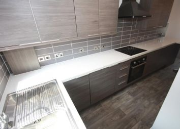 Thumbnail 1 bed flat to rent in Warwick Road, Kenilworth