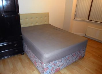 Thumbnail 2 bed shared accommodation to rent in Chairborough Road, High Wycombe