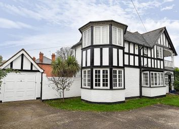 Thumbnail 4 bed detached house for sale in Ray Park Avenue, Maidenhead