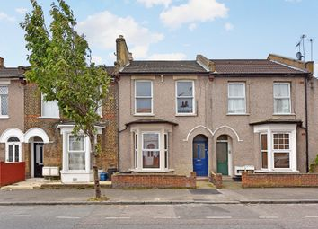 Thumbnail 1 bedroom flat to rent in Hassett Road, London