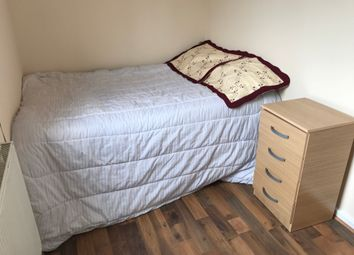 Thumbnail Room to rent in Protree Close, East London