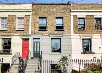 3 bed property for sale in Clemence Street, London E14