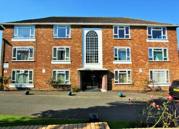 Thumbnail 2 bed flat for sale in Sunningfields Crescent, Hendon