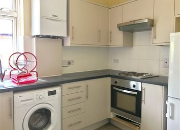 Thumbnail 2 bed flat to rent in Addington Road, Sanderstead, South Croydon