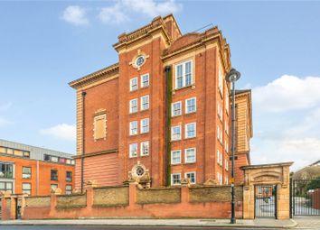 2 bed flat for sale in Drummond Way, Islington, London N1