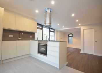 Thumbnail Property to rent in Redmans Road, London