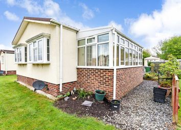 Thumbnail 2 bed mobile/park home for sale in Roundstone Park, Worthing Road, Southwater, Horsham
