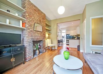 Thumbnail 1 bed flat to rent in Purves Road, Kensal Green, London