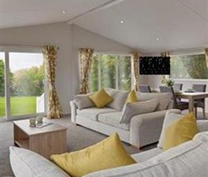 Bridgerule, Holsworthy EX22. 2 bed lodge for sale