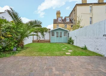 Thumbnail 2 bed flat to rent in 177, Kingsway, Hove, East Sussex