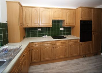 2 bed flat to rent in Tunstall Close, Stoke Bishop, Bristol BS9