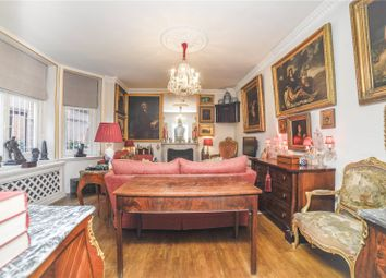 Thumbnail 1 bed flat for sale in Down Street, Mayfair, London