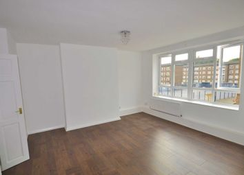 Thumbnail 4 bed flat to rent in Oak Way, London