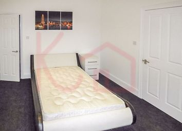 Thumbnail Room to rent in Room 3, Queens Road