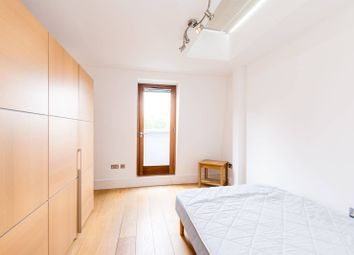 Thumbnail 2 bed flat to rent in Renfrew Road, Elephant And Castle