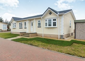 Thumbnail 2 bed mobile/park home for sale in Ely Road, Waterbeach, Cambridge