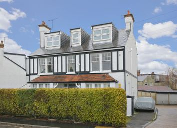 Thumbnail Flat for sale in The Avenue, Barnet