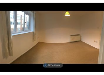 Thumbnail 2 bed flat to rent in Chesil Court, London