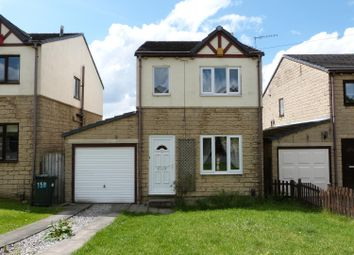 Thumbnail 3 bed link-detached house for sale in The Oval, Bingley