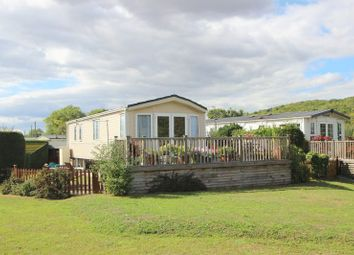 Thumbnail 2 bed mobile/park home for sale in Binton Road, Welford On Avon, Stratford-Upon-Avon