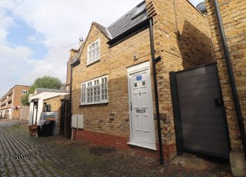 Thumbnail 1 bed mews house to rent in 81 Caistor Mews, Balham, London