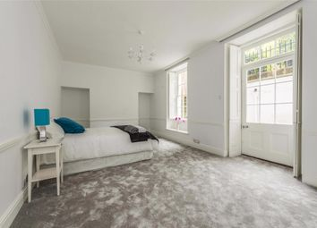 Thumbnail 2 bed flat to rent in Sion Hill Place, Bath