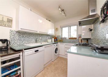 Gloucester Road, Barnet EN5. 3 bed flat for sale