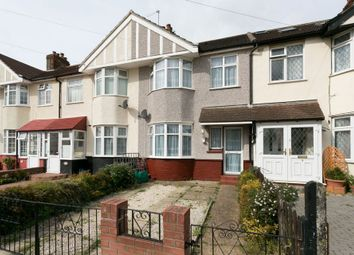 Thumbnail 3 bedroom terraced house to rent in Belvedere Avenue, Clayhall, Ilford