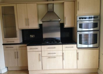 3 bed semi-detached house to rent in Gwynn Road, Northfleet, Gravesend DA11