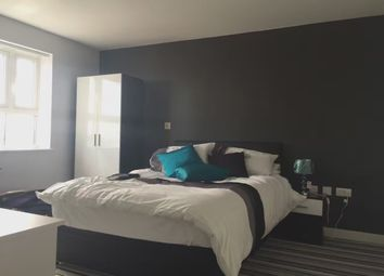 2 bed flat to rent in Princess Way, Swansea SA1
