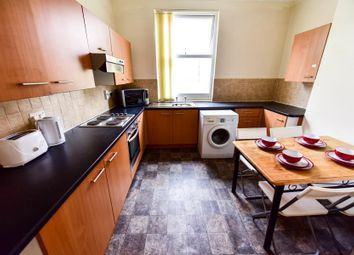 Thumbnail 4 bedroom shared accommodation to rent in Ebberston Terrace, Hyde Park, Leeds
