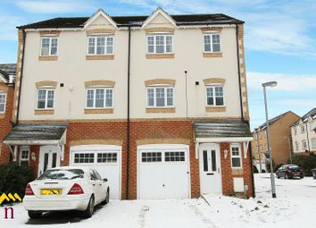 Thumbnail 4 bed property to rent in Redhill Park, Hull