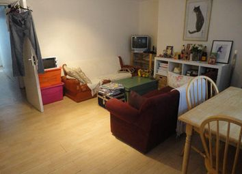 Thumbnail 2 bed flat to rent in Caledonian Road, Kings Cross