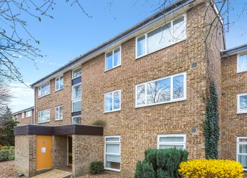 Thumbnail 2 bed flat for sale in Buckingham Avenue, Perivale