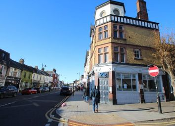 Thumbnail 2 bed flat to rent in The Broadway, Leigh-On-Sea