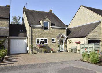 Hatch Way, Kirtlington, Kidlington OX5. 3 bed semi-detached house