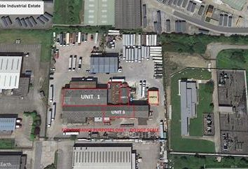 Light industrial to let in Bankside Industrial Estate, Valletta Street, Hull, East Yorkshire HU9
