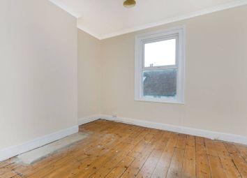 2 bed maisonette to rent in Chapel Street, Guildford GU13Ul GU1