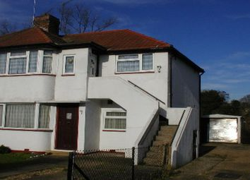 Thumbnail 1 bed maisonette to rent in Wiltshire Avenue, Farnham Royal, Slough