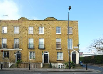 Thumbnail 2 bed flat to rent in Queensbridge Road, Shoreditch