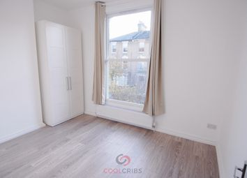 Thumbnail 3 bed flat to rent in Wilberforce Road, Finsbury Park