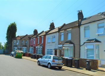 Thumbnail 5 bed terraced house to rent in Rays Avenue, London