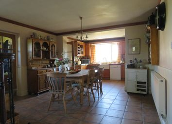 5 bed property to rent in Worminghall Road, Oakley, Aylesbury HP18