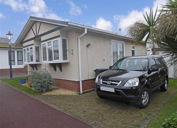 Thumbnail 2 bed mobile/park home for sale in Canterbury Road, Birchington, Kent
