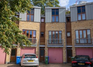 3 bed town house for sale in Coombe Way, Farnborough, Hampshire GU14