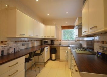 2 bed maisonette to rent in Oxgate Gardens, London NW2